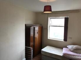 Room to Let Wakefield city centre
