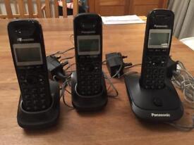Panasonic KX-TG2511E DECT Digital Cordless House Telephone Set X3
