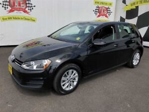 2017 Volkswagen Golf Highline, Auto, Heated Seats, Back Up Camer