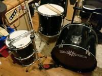Drums, part beginners drum kit