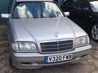 MERCEDES C220, amazing car, full service, any inspection welcome.
