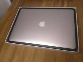 Macbook Pro Retina 15 inch 2.3Ghz late 2013 (£2100 new) boxed central Ldn
