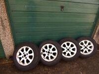Wheels with winter tyres 195 65 15, Will fit Volvo S40, V40 Mitsubishi, Hyundai, Kia