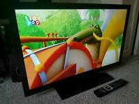 """BUSH 32"""" Slim FULL HD INTERNET LED TV WITH FREEVIEW HD. REMOTE CONTROL NEW CONDITION"""