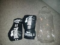 Boys Lonsdale boxing gloves