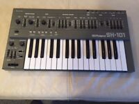Roland SH101 Synthesiser - Iconic 80's Synth - Looks Like New - Flight Case