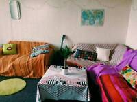 Double room to let short term in Dennistoun