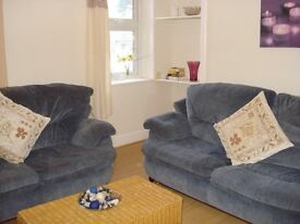 1 Bed furnished flat close to college, hospital & town centre, with private off-street parking.