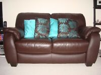 Excellent condition leather sofa from FV: Quick Sale!