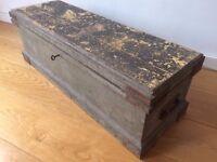 Vintage Carpenters Box (with key, antique)