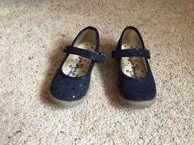 Infant Size 7 shoes