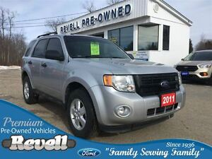 2011 Ford Escape XLT 4WD * 1-Owner Trade  Low KMS