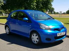 Toyota Aygo blue 5 door
