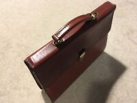 Texier full grained leather slim briefcase - never used, as new