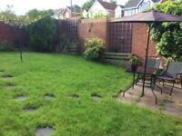 A spacious 3 bedroom detached house with garage