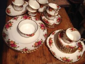 Selection of old country roses bone china