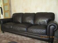 Dark Chocolate Brown Natuzzi Italian Leather 3 Piece Suite. Very Good Condition. Only 7 years old.