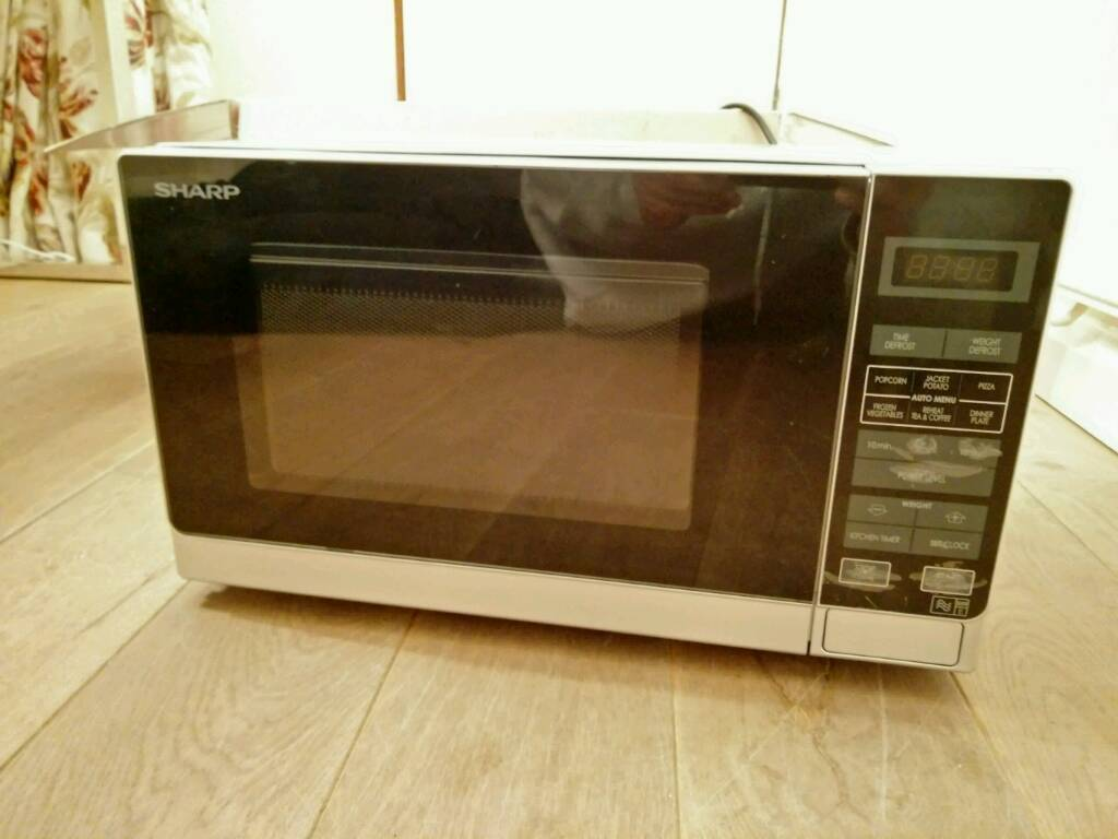 Sharp Microwave 800W 20L Touch Control *Like New*
