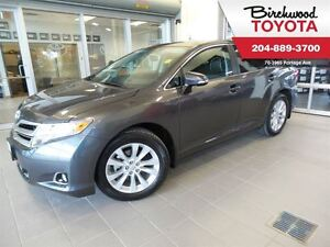 2015 Toyota Venza AWD XLE w/NAVIGATION LEATHER/PANO ROOF
