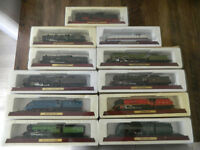 Lot of 11 old boxed model Trains