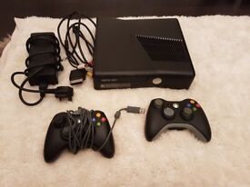 Xbox 360 (250gb) Hardly used. 2 x controller