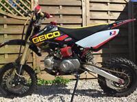 Pit bike 140cc £500 Ono