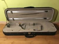 4/4 Violin Case with thermometer, violin cloth and shoulder rest.