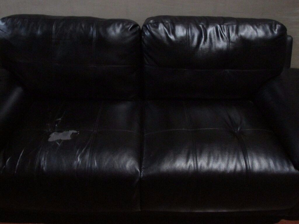 BLACK 3 SEATER SOFA FOR FREE PICK UP IN GARSTON