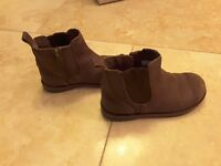 Boy ugg boots distressed brown leather size 11