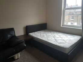 DOUBLE ROOM IN GARDEN HOUSE INC ALL BILLS!!!!!!!!!!!!!!!