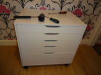 FLATPACK / FLAT PACK / FURNITURE ASSEMBLER