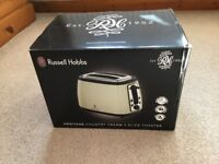 Russell Hobbs 2 slice toaster from Heritage range in County Cream in original box