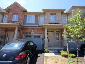 $424,900 - Townhouse for sale in Grimsby