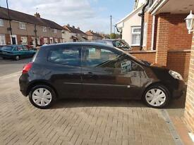 Renault Clio 1.5 dci £0 Road Tax 1 Owner