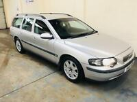 Volvo v70 2.4 in immaculate condition 1 owner from new full service history long mot low mileage