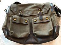 Aubin & Wills Messenger bag