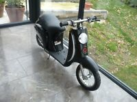 Brand New Razor Pocket Mod Vapour Kids Electric Ride On Bike Scooter Moped Black 15mph Cost £339