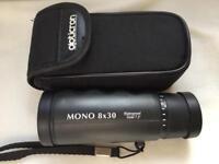 Opticron Mono 8x30 Waterproof, field 7.5. With case.