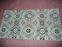 New Rug - size 31 x 59 ins. (80 x 150 cms) - lovely colours - quality rug.