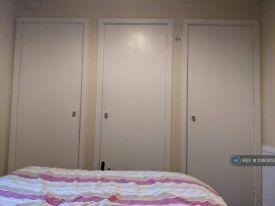 1 bedroom flat in Short Loanings, Aberdeen, AB25 (1 bed) (#1060859)