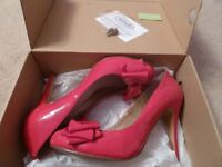 ladies red patent court shoes