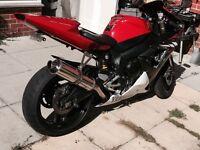 Yamaha r1 - 2004 - 12 months mot