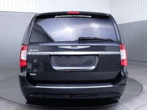 2014 Chrysler Town & Country TOURING A/C MAGS CUIR West Island Greater Montréal image 7