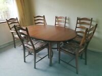 Ercol Dining Table and 6 Chairs PRISTINE CONDITION