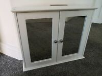 White Wooden Bathroom Cabinet