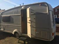 2 berth for sale excellent condition