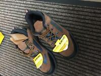 Hi-Tec safe hike composite safety work shoes