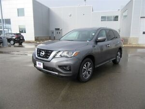 2017 Nissan Pathfinder S-AWD $5100 off