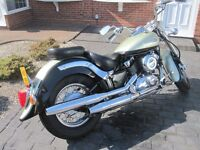 FOR SALE - Yamaha Dragstar Classic 650cc sharft driven Immaculate condition - backrest included