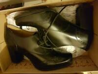 Ladies Shoes Clarks *New*